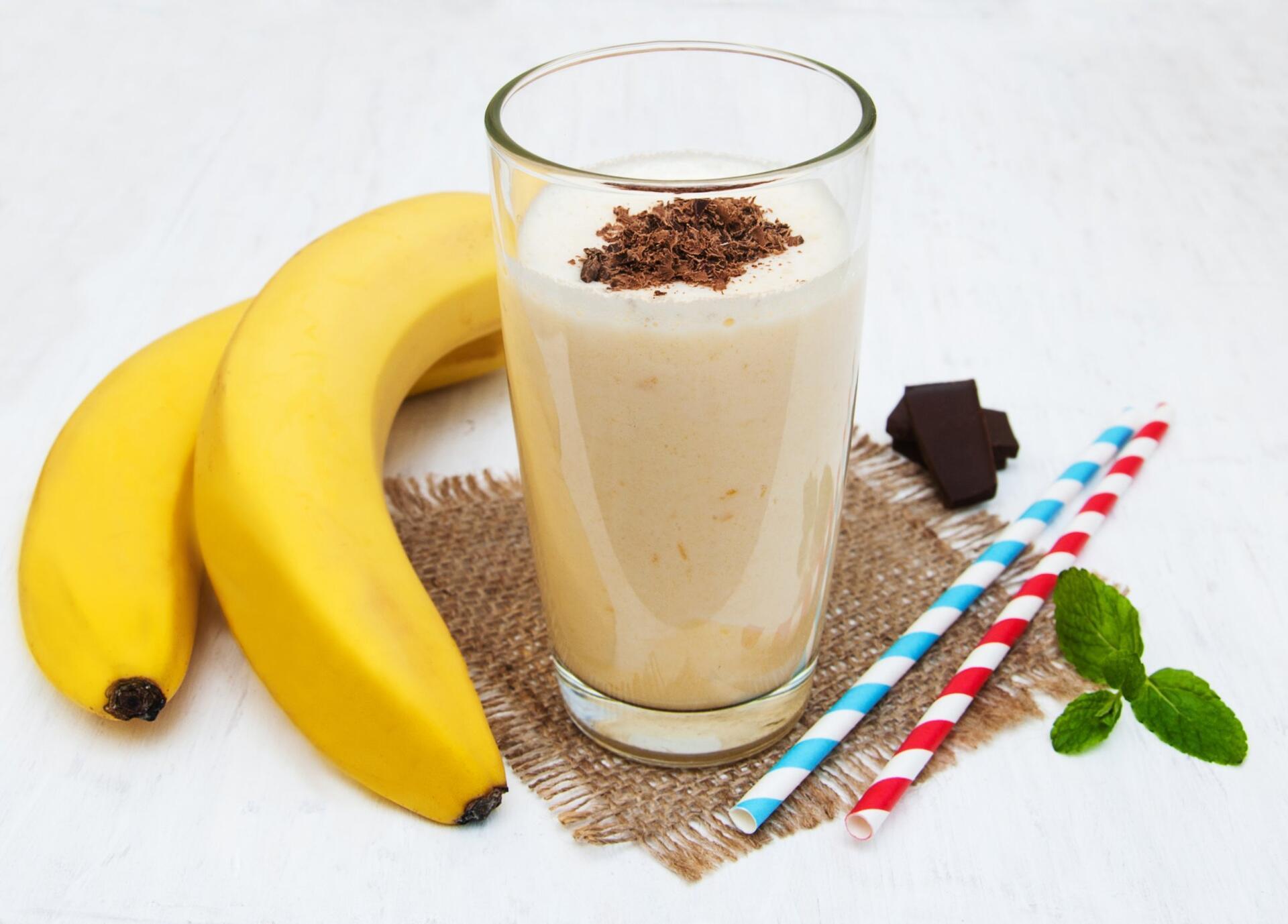 Chocolate bananas juice